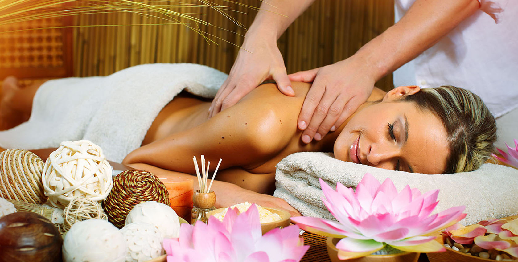 Body Massage Centres in Saket Metro Station, Delhi