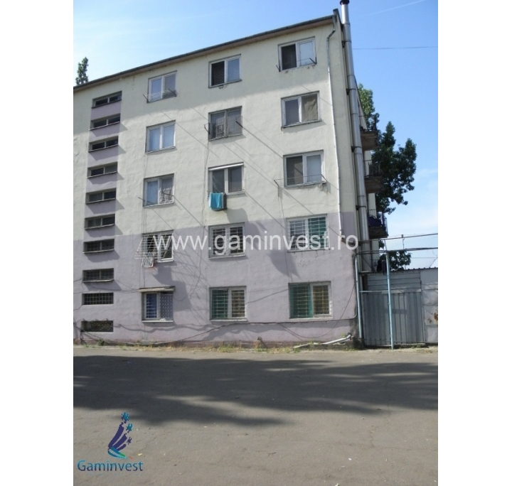 Building with 59 rooms for sale in Oradea, Bihor, Romania
