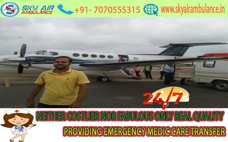 Hi-Tech Air Ambulance from Raipur to Delhi Anytime