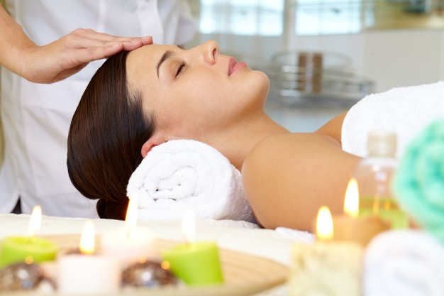 Body Massage in Sohna Road Gurgaon, Spa in Neabry Location